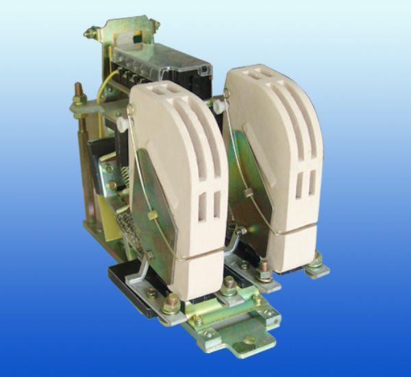 Công tắc tơ CZ0-100/20 接触器